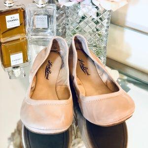 Lucky Brand Ballet Flats -Tan